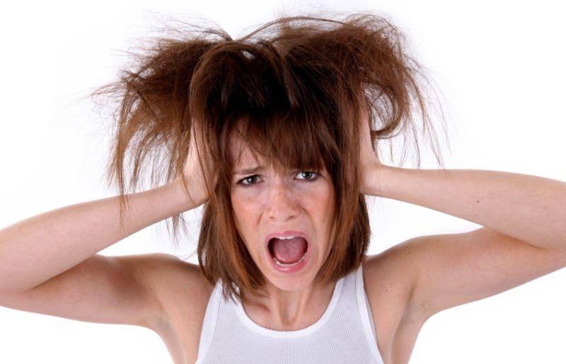 При расчесывании выпадают волосы сонник также см
