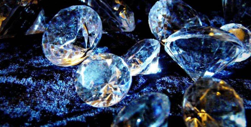 К чему снятся людям бриллианты?