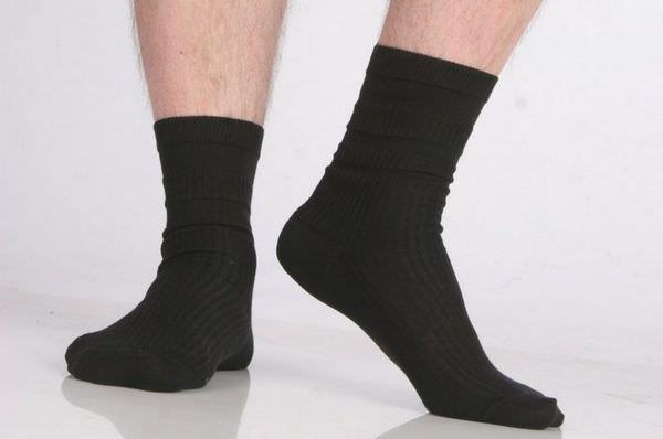 К чему снятся носки: значения странного сна