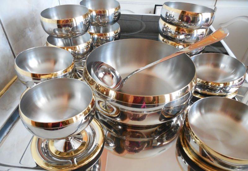 Тайны сновидений: к чему снится посуда