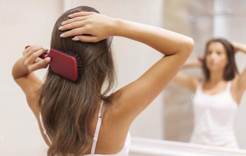 Причесывать во сне волосы