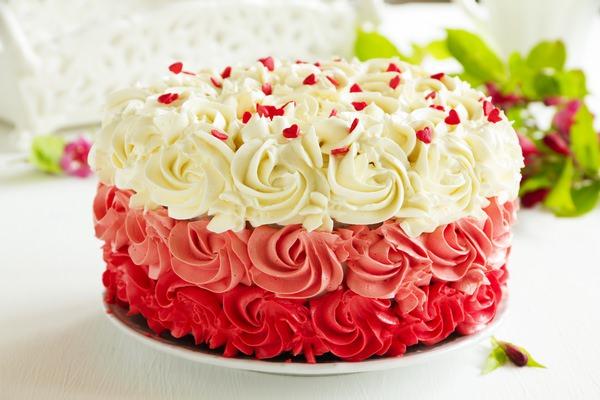 К чему снится торт: радоваться или печалиться?