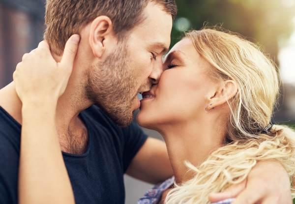 Целоваться во сне с мужчиной: к горю или радости?