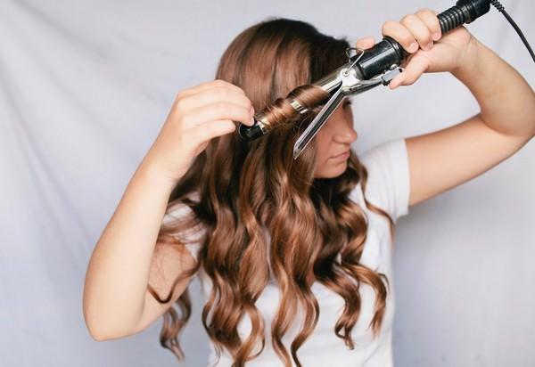 К чему снятся волосы: опасность или счастье?