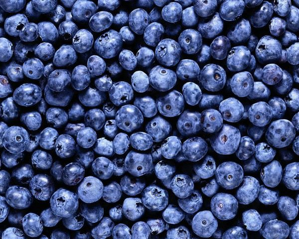 К чему снятся ягоды: подробное толкование