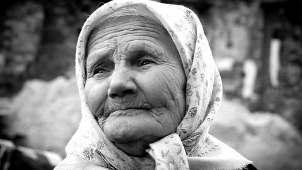 К чему снится бабушка: толкования образа