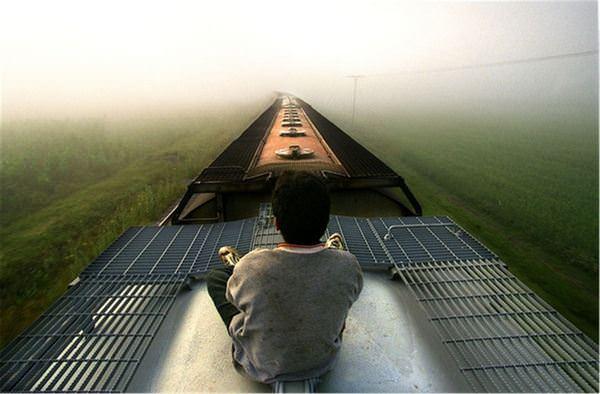 К чему снится ехать в поезде: подробное толкование