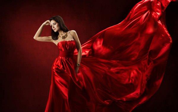 К чему сниться примерять красное