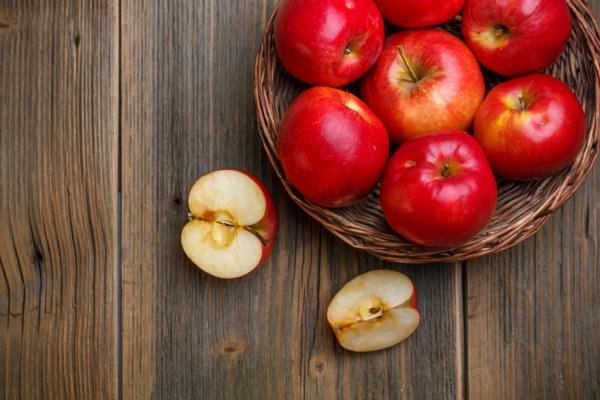 сонник яблоки красные большие собирать