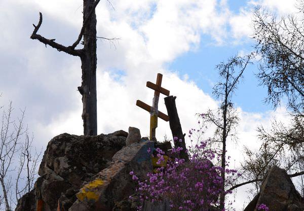 К чему снится крест: благое видение или зловещее предзнаменование?