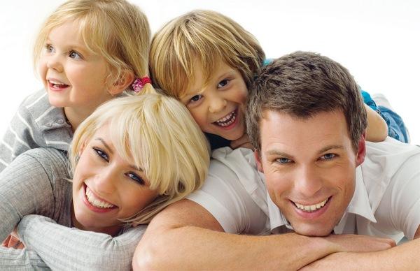 К чему снится любовник и стоит ли бояться за семейные отношения?