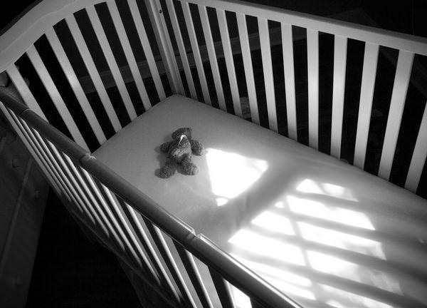 К чему снится мертвый ребенок: значения страшного сна