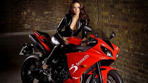 К чему снится мотоцикл: хочется приключений?