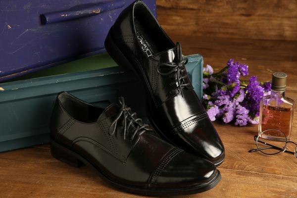 сонник разная пара обуви на ногах